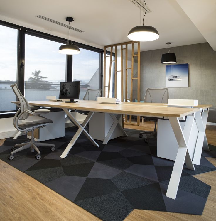 Am nagement open space davidson par cl ram style design for Bureau jaune