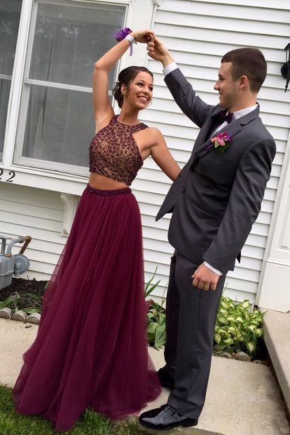 Beaded Bodice Maroon Tulle Charming Long Prom Dresses 2017 Pageant Dresses Halter Party Evening Gowns,1899