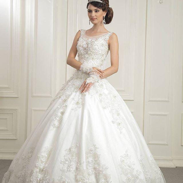 WEBSTA @ novias_wedding_home - Жемчужное платье есть в наличии. . #esperanseweddinghome