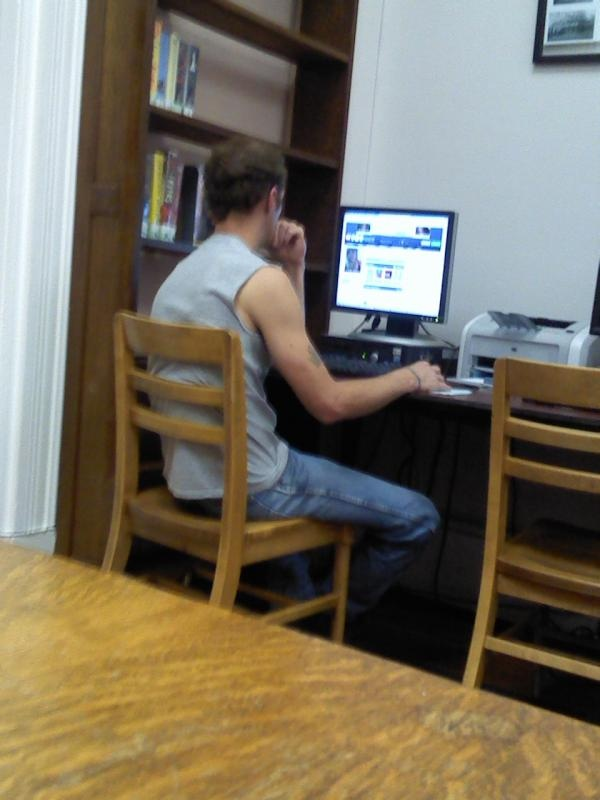 43 Best People Caught Watching Pron In Public Libraries -7648