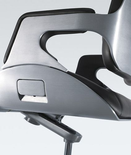 12 Famous Chairs Designed By Famous Architects Silver Famous Architects An