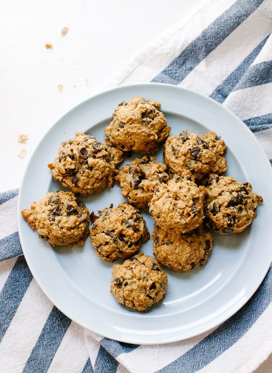 Maple PB Chocolate Chip Oatmeal cookies - Cookie and Kate