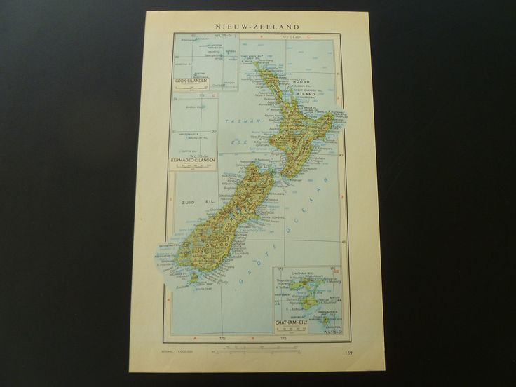 """Old vintage map of New-Zealand in 1950 - colorful Dutch retro poster Chatham Wellington Cook Islands - oude kaart van Nieuw Zeeland 8x13"""" by DecorativePrints on Etsy"""