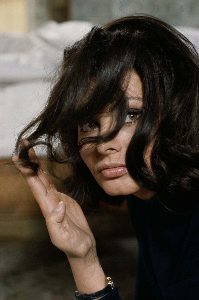 Sophia Loren. Hair. And lips.