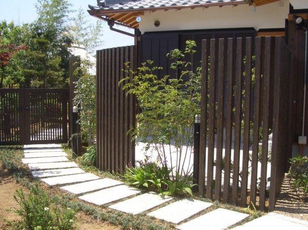 フェンス 縦格子 植栽 の画像検索結果 縦格子 エクステリア フェンス