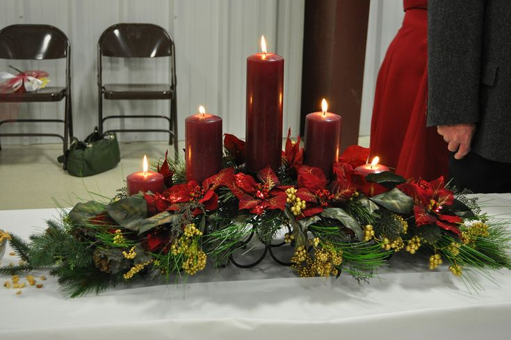 Table arrangement for the Christmas Holidays