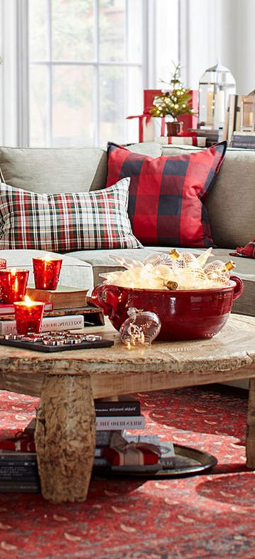 Gorgeous style for the holidays. So warm & inviting