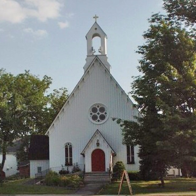 St. Matthews church in Goffstown NH. A place of worship. A place of true communion in its purest sense.