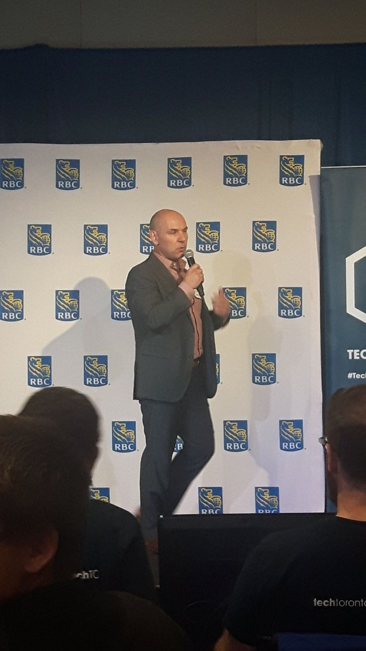 Hack of the month last night at TechToronto where founder, David Quenneville, did a demo of the site - thanks for having us #TechTO!