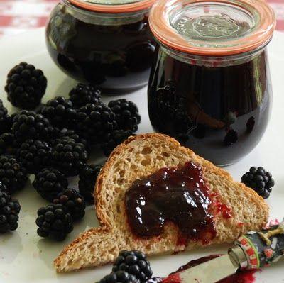 Seedless blackberry jam?  Yes, please!