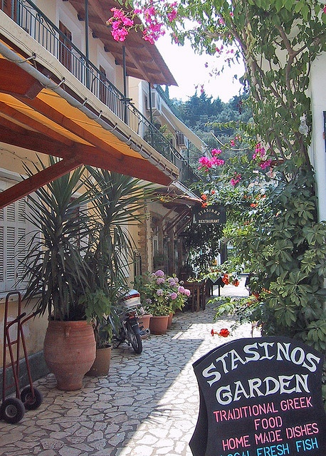 My favourite Paxos restaurant - I remember going here! Amazing food!