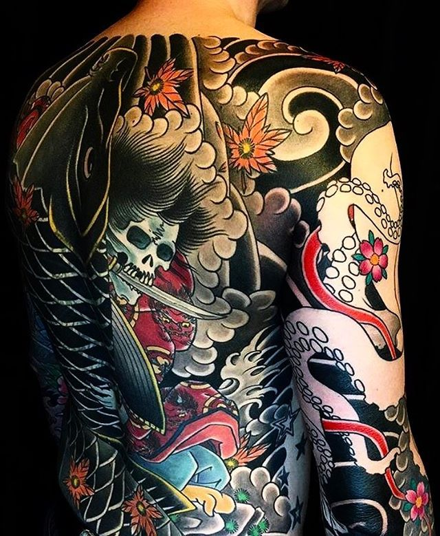 best 25 japanese back tattoo ideas on pinterest samurai tattoo samurai back tattoo and. Black Bedroom Furniture Sets. Home Design Ideas