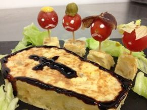 Cena terrorífica con tortilla de patatas | Grupo de Celis
