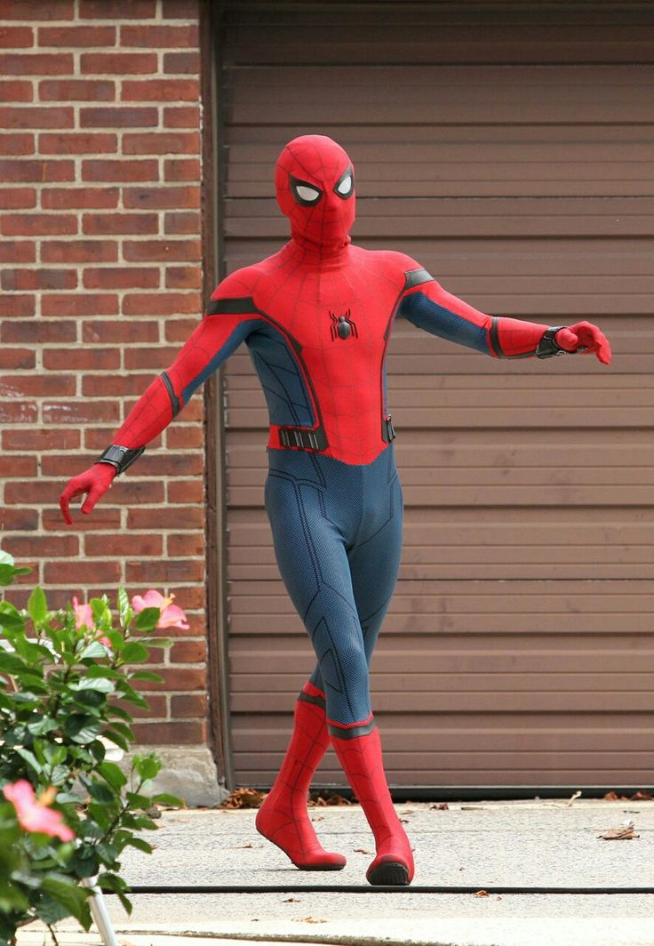 78 Images About Tom Holland Spider Man On Pinterest
