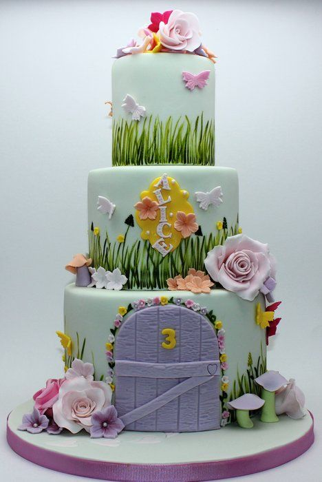 Fairy garden themed cake - inspired by Bella Cupcakes - by looeze @ CakesDecor.com - cake decorating website