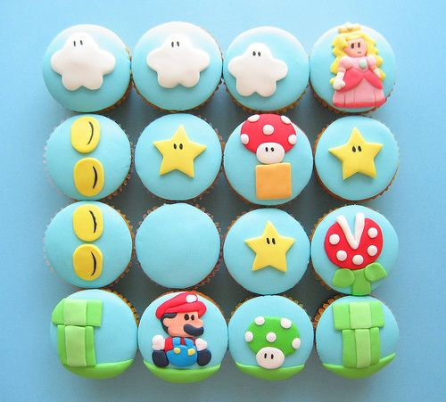 Super Mario Cupcakes make me want to invent some kind of Mario board game...