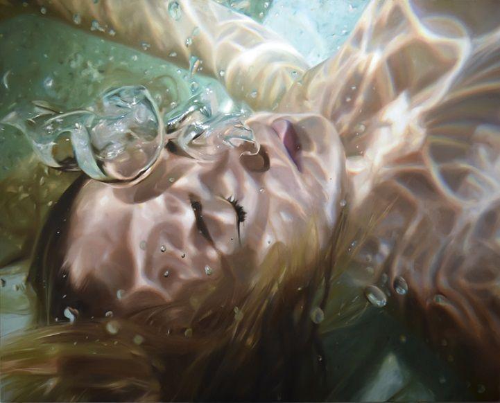 Hyperrealistic Underwater Paintings of Women in a Deep State of Tranquility - My Modern Met