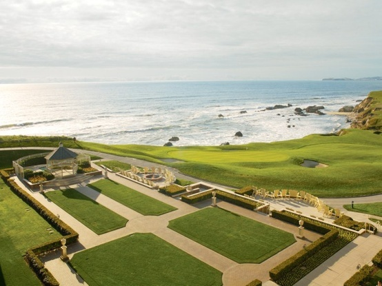 Take In Spectacular Views From The Conservatory Lounge At Ritz Carlton Half Moon Bay