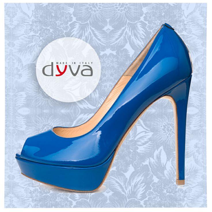 PER DYVA L'ESTATE È PIENA DI COLORI! Che ne pensi di queste scarpe altissime di colore blu elettrico? #scarpefantastiche #colori #estate  COLOUR IS THE KEYWORD AT DYVA! what do you think about this beautifu electric blue super-high heels? #colors #summer #fun