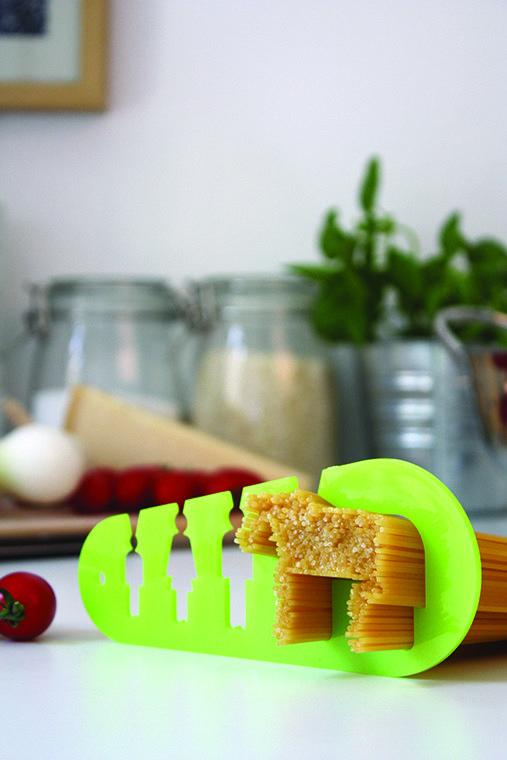 Medidor de espaguetis con un toque muy simpático: ¿cuánta pasta comería un caballo? Medidla, es realmente fácil.