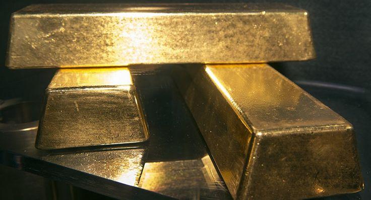 O Banco Central da Rússia adquiriu uma quantidade recorde de ouro em 2016 e planeja acelerar as aquisições, preservando sua posição de líder mundial no que se refere ao crescimento das reservas de ouro. Os economistas russos explicaram o que está por trás desse processo.  De acordo com o...