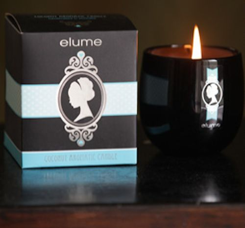 Elume Silhouettes – Coconut scented candle. The Elume Coconut Silhouette candle combines sweet creamy vanilla with a heavenly toasted coconut to create a delightful fragrance that is good enough to eat.    With their silver-foiled silhouettes and sophisticated black block these elegant and contemporary jar candles add a stylish touch of luxury to any interior.