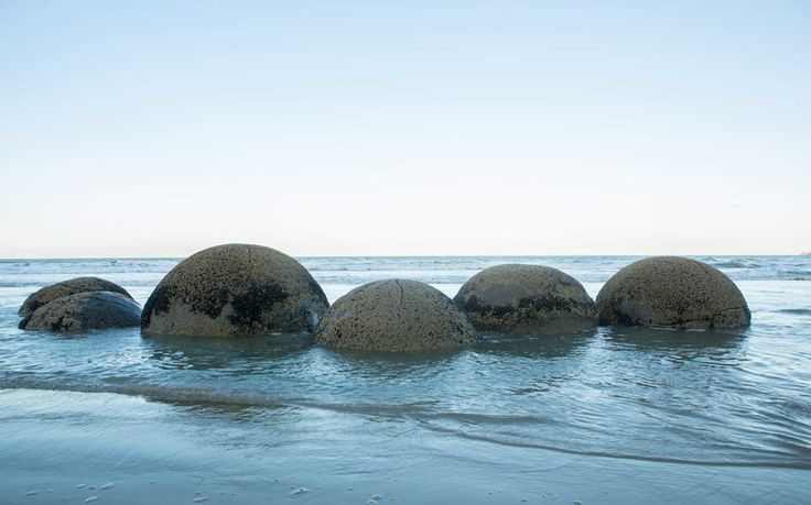 Moeraki Boulders New Zealand Beach