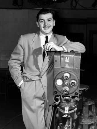Ernie Kovacs (January 23, 1919 - January 13, 1962) was an American comedian . There are more than 8000 people in the USA who  has Kovacs as last name .
