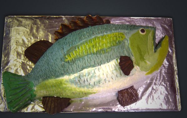 making a  fish cake for Brandon's birthday next week, like the technique in this one