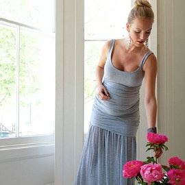 maternity fitted maxi. wish i'd seen this earlier.