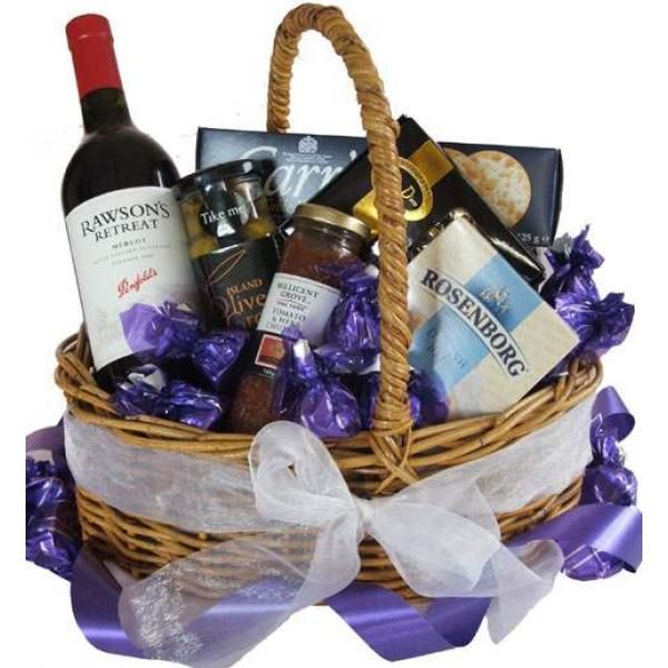 Gourmet Flair Gourmet Gift Hamper In 2020 Gift Hampers Food Gift Baskets Unique Gift Baskets
