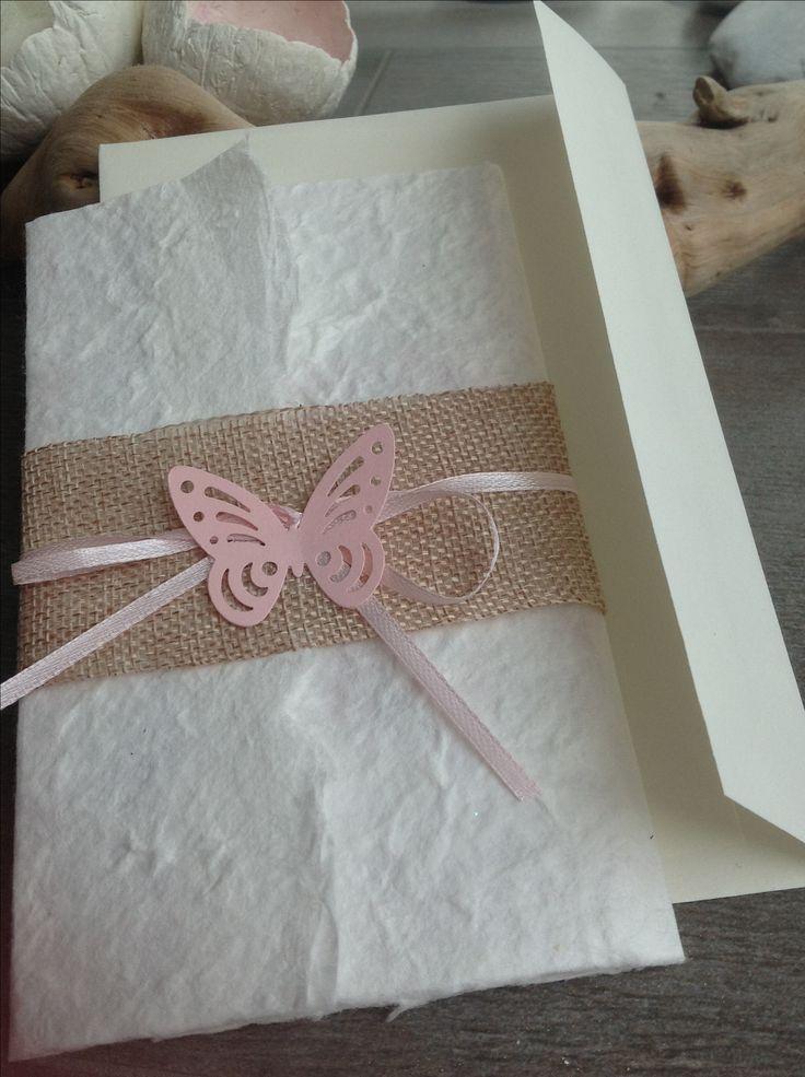 invito in carta di cotone e fascia di lino.