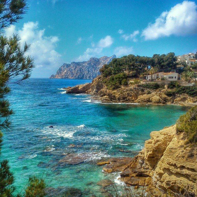 ¡#Estoesvida! Foto de @redcostablanca desde #CalaPinets #Benissa [eng] This is life! Photo by @redcostablanca from Pinets beach in Benissa