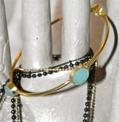 Bracelet with Chalcedony Stone - #poshprezzi