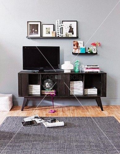 die besten 17 ideen zu medienschrank auf pinterest unterhaltung stand. Black Bedroom Furniture Sets. Home Design Ideas