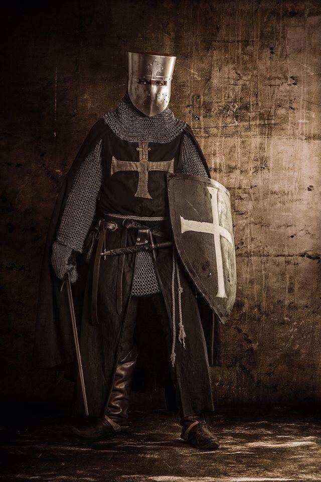 фотографии рыцарей крестоносцев возможно как