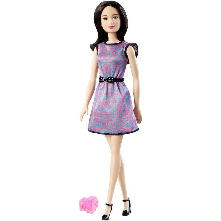 """Inspirées des dessins animés Barbie, cette collection """"Friends"""" réunit Barbie et toutes ses amies les plus proches dans leurs habits mode et casual préférés !"""