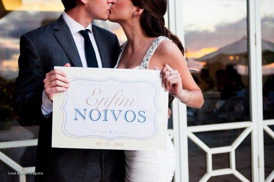 O casamento é um momento de muita alegria! Tanta, que deve ser comemorado de todas as formas, antes mesmo do tão esperado e planejado dia. E o que pode ser melhor do que uma festa de noivado para celebrar a … Ler mais →