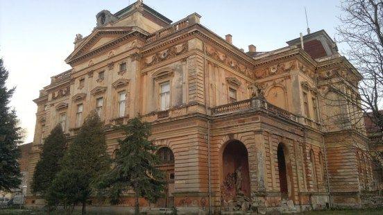 Bejárható volt az egykori zeneiskola udvara – IkvaHír