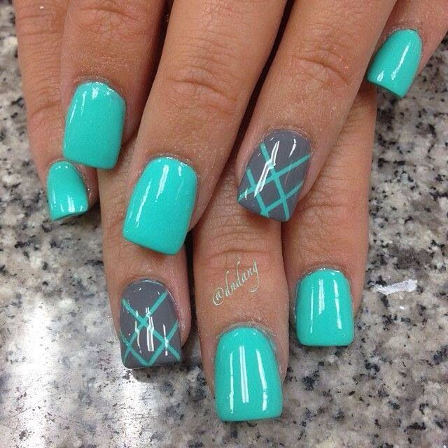 Love the colors .. turquoise and grey nail design
