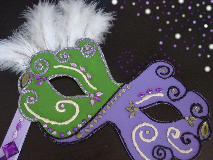 Tutoriel Fabriquer un masque de carnaval () - Femme2decoTV