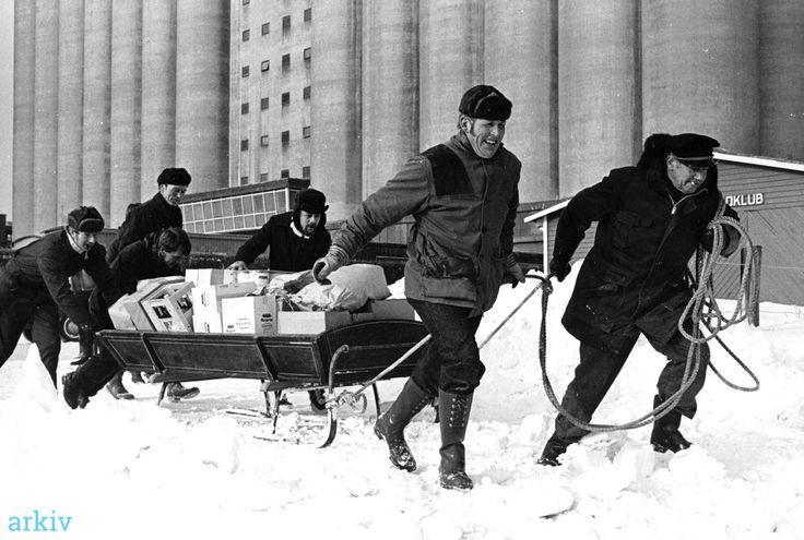 arkiv.dk   Fra Bandholm til Askø over isen 1979