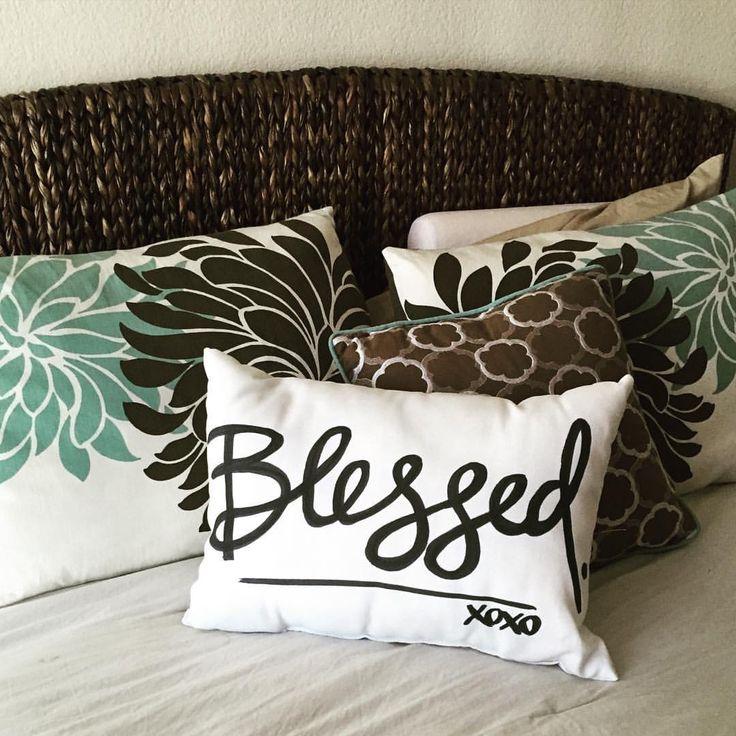Decorative Bed Pillows Pinterest : 47 best Decorative Pillow images on Pinterest Cushions, Decor pillows and Decorative bed pillows