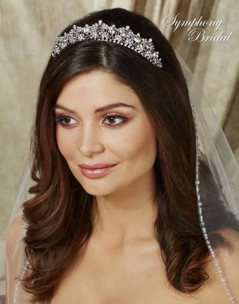 Remarkable The 25 Best Ideas About Wedding Tiara Veil On Pinterest Wedding Hairstyles For Women Draintrainus