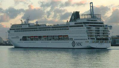 """Puerto de Las Palmas....  : Cruceros en Sábado de Carnaval """"Msc Armonia  Aida ..."""
