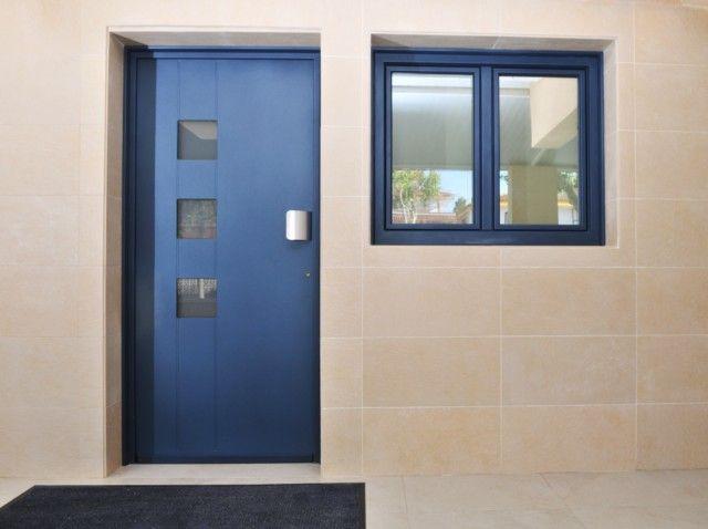 Puerta aluminio exterior buscar con google puertas de for Puerta entrada aluminio