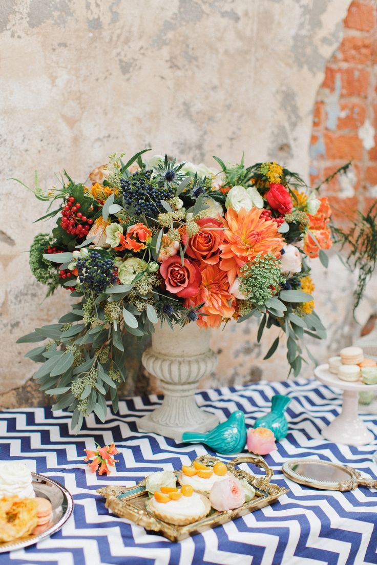 #julyevent #flowerslovers #chevron #orange