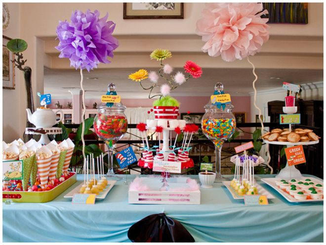 Dr Suess Baby Shower, Would Love To Be Able To Do A Shower Like This For  Someone. It Would Have Even Been Cute For A Birthday Party Idea (although  The Miss ...