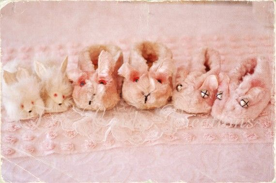 ~these are the cutest baby booties!