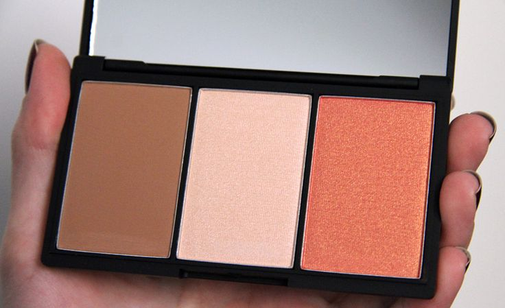 sleek makeup face form palette fair // ok I really want to get my hands on some Sleek Makeup.